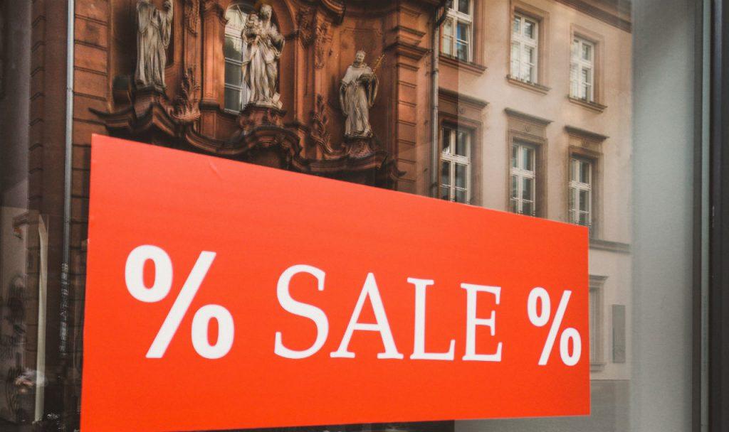 Nederlanders houden van goedkope kleding en schoenen
