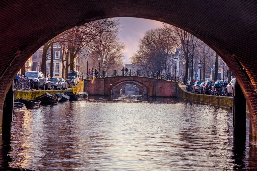 (c) Dutch-spirit.nl